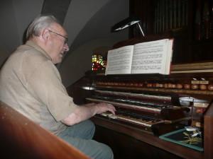Louis Mermillod joue
